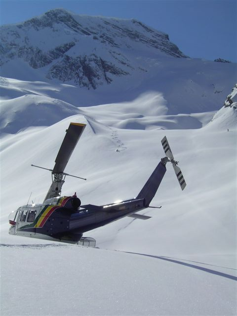 helicopter skiing crescent spur bc canada