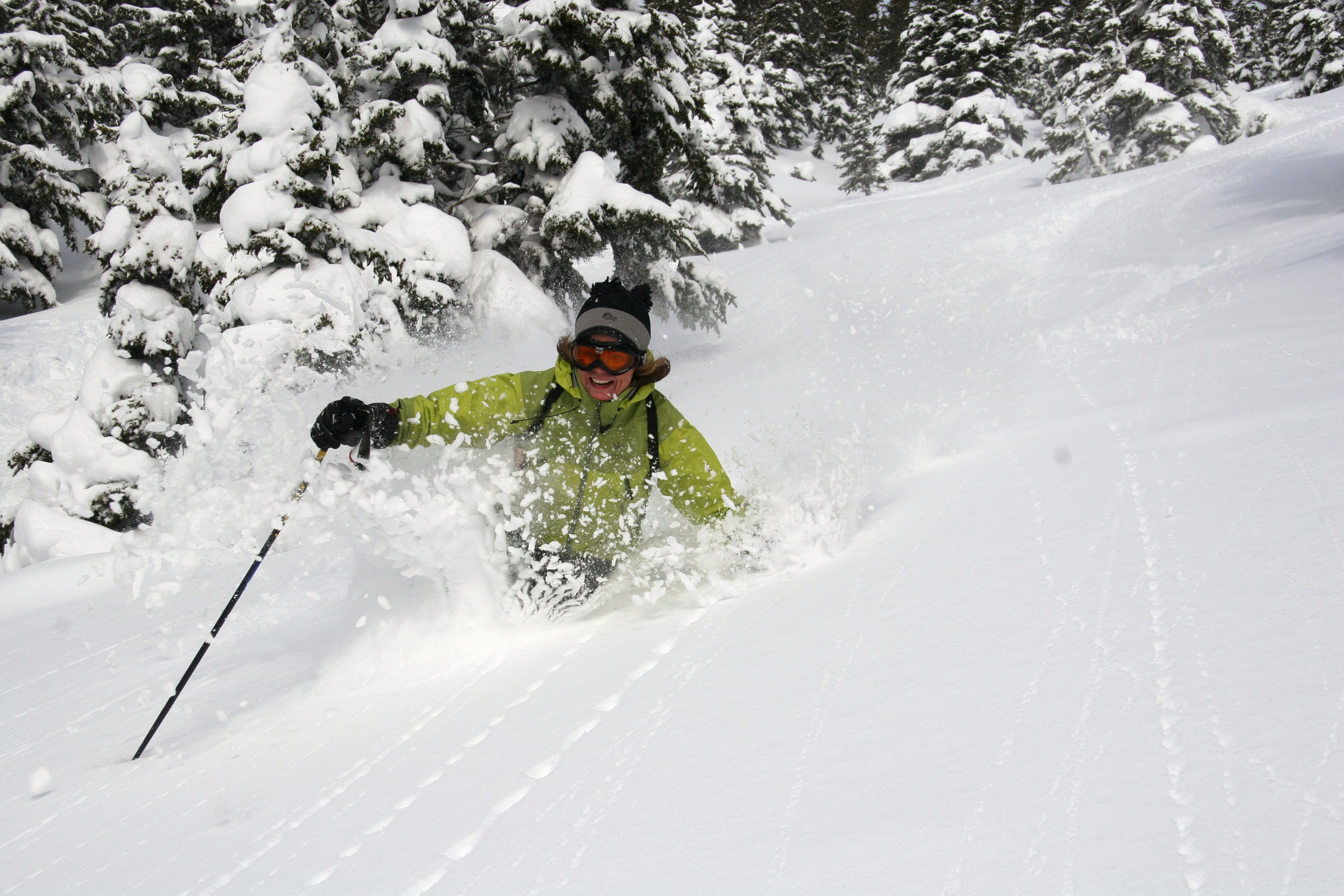 helicopter skiing canada, heliboarding and heliskiing bc canada